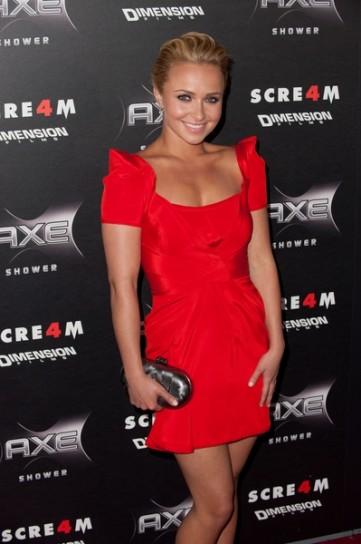 Hayden Panettiere in abito rosso